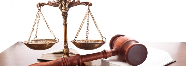 Come diventare professore di diritto: studi e possibilità